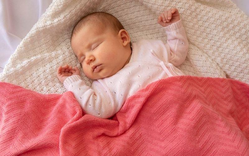 copertina neonato estiva minutus italia