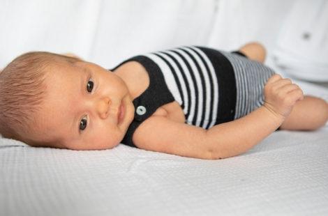 Come abbinarlo un pagliaccetti neonato in estivi?